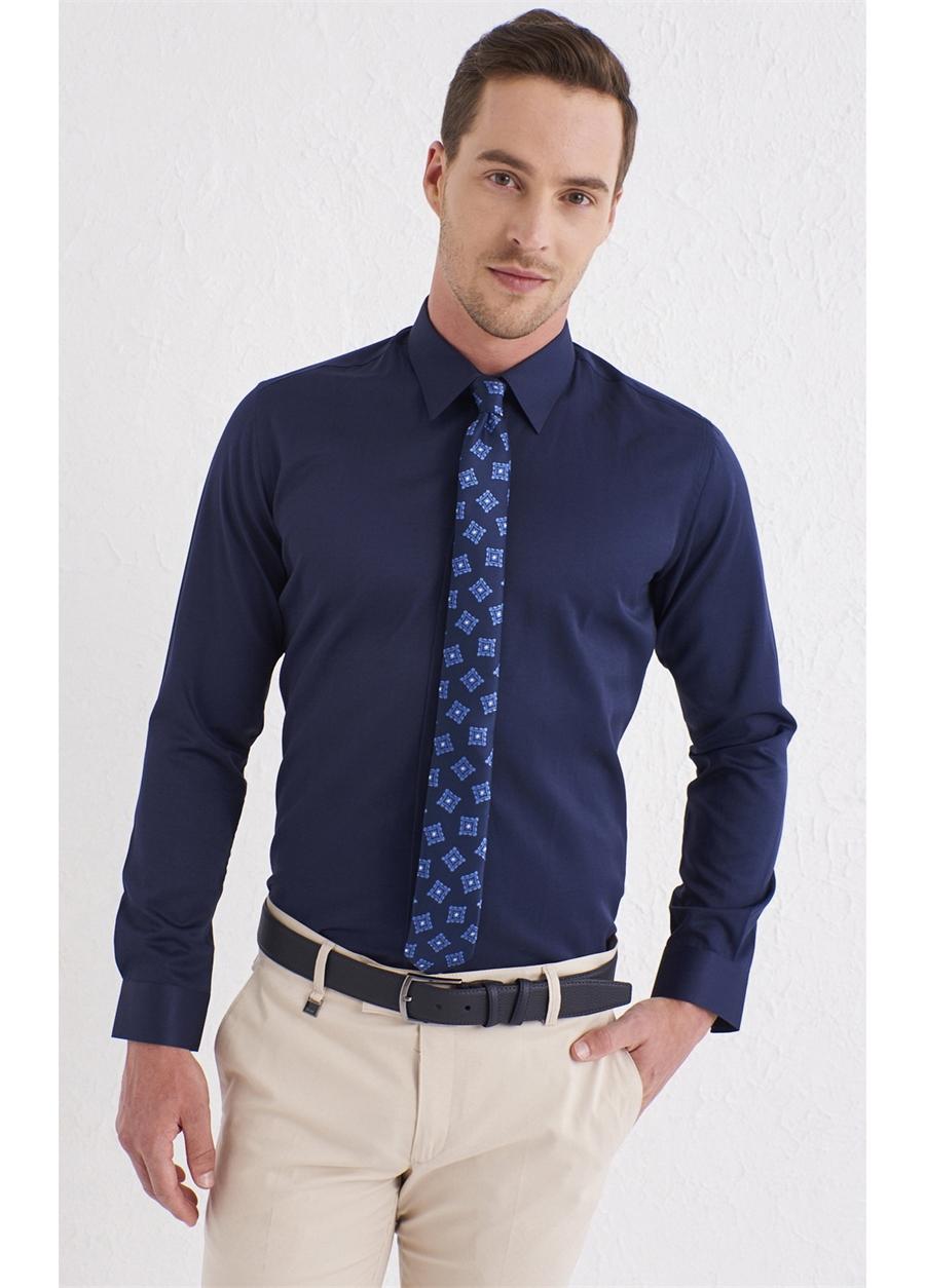 GK 561 Slim Fit Lacivert Klasik Gömlek